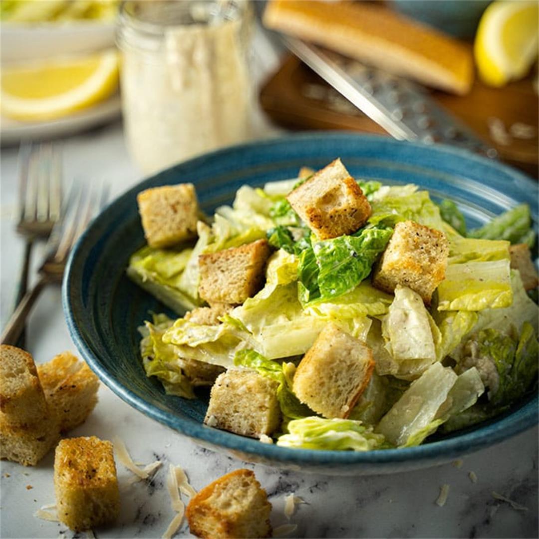 Healthy Caesar salad with greek yogurt