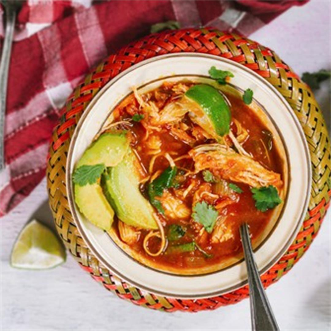 Sopa de Pollo - Mexican Chicken Soup Rcipe [Video]