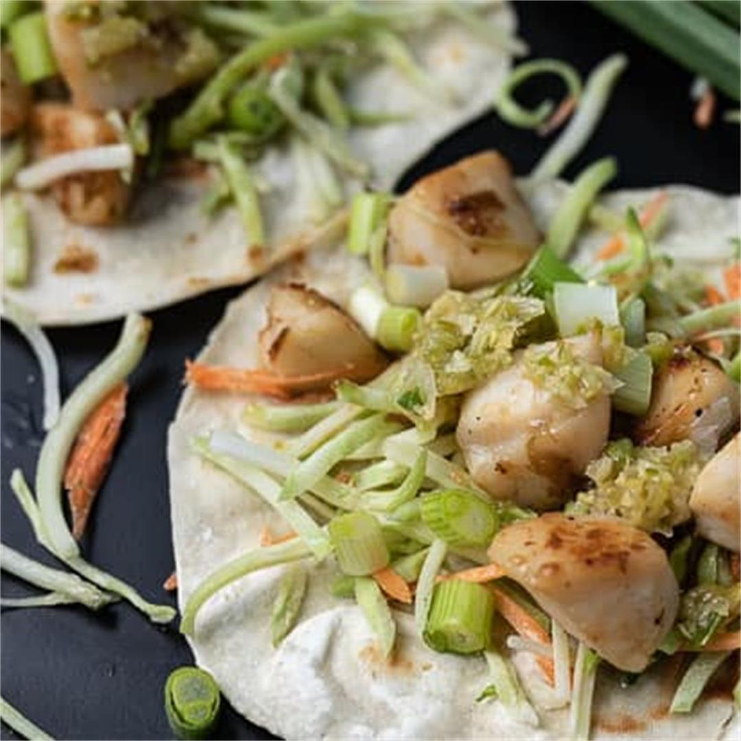 Easy Pan Seared Scallop Tacos with Ginger Scallion Sauce
