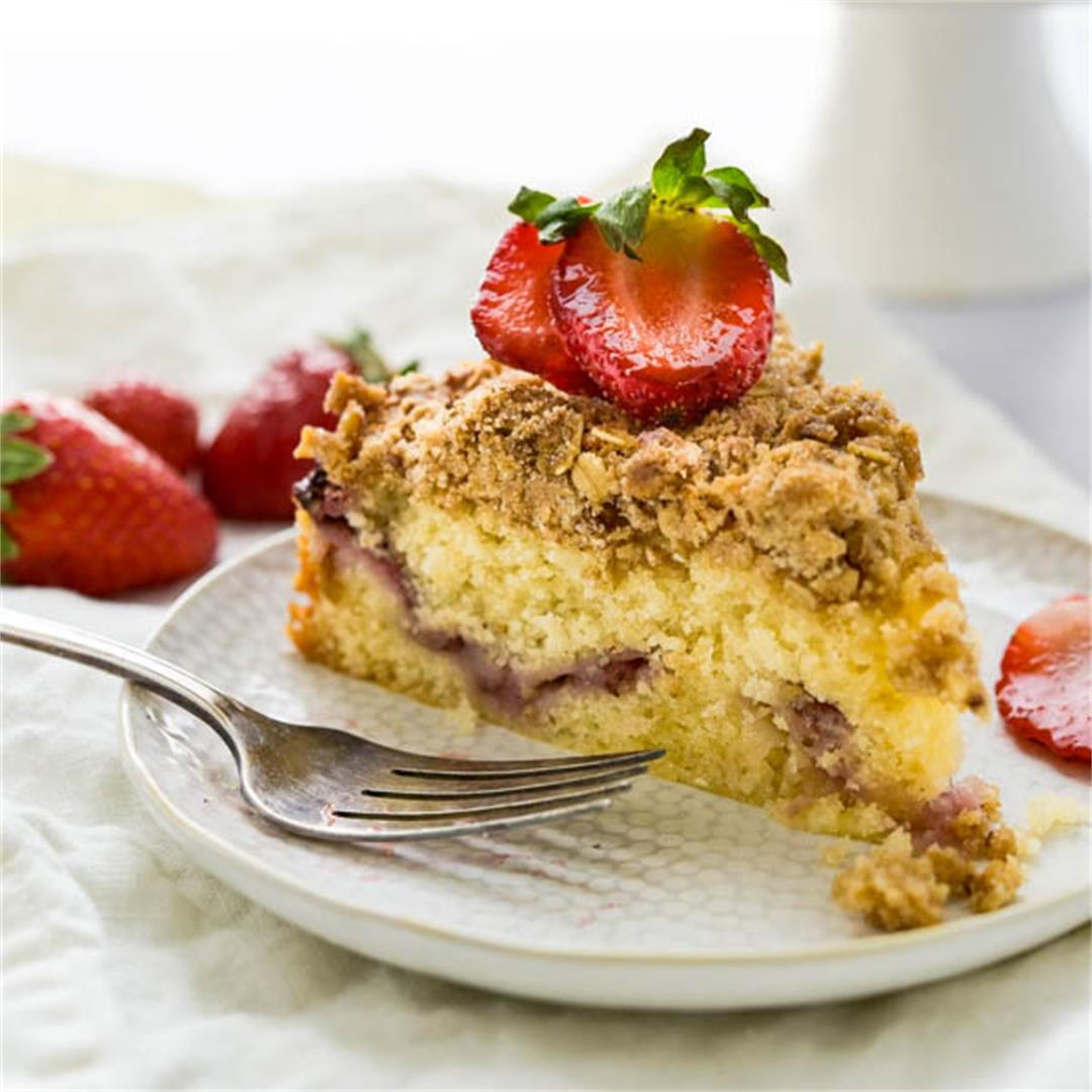 Lemon Strawberry Crumb Cake