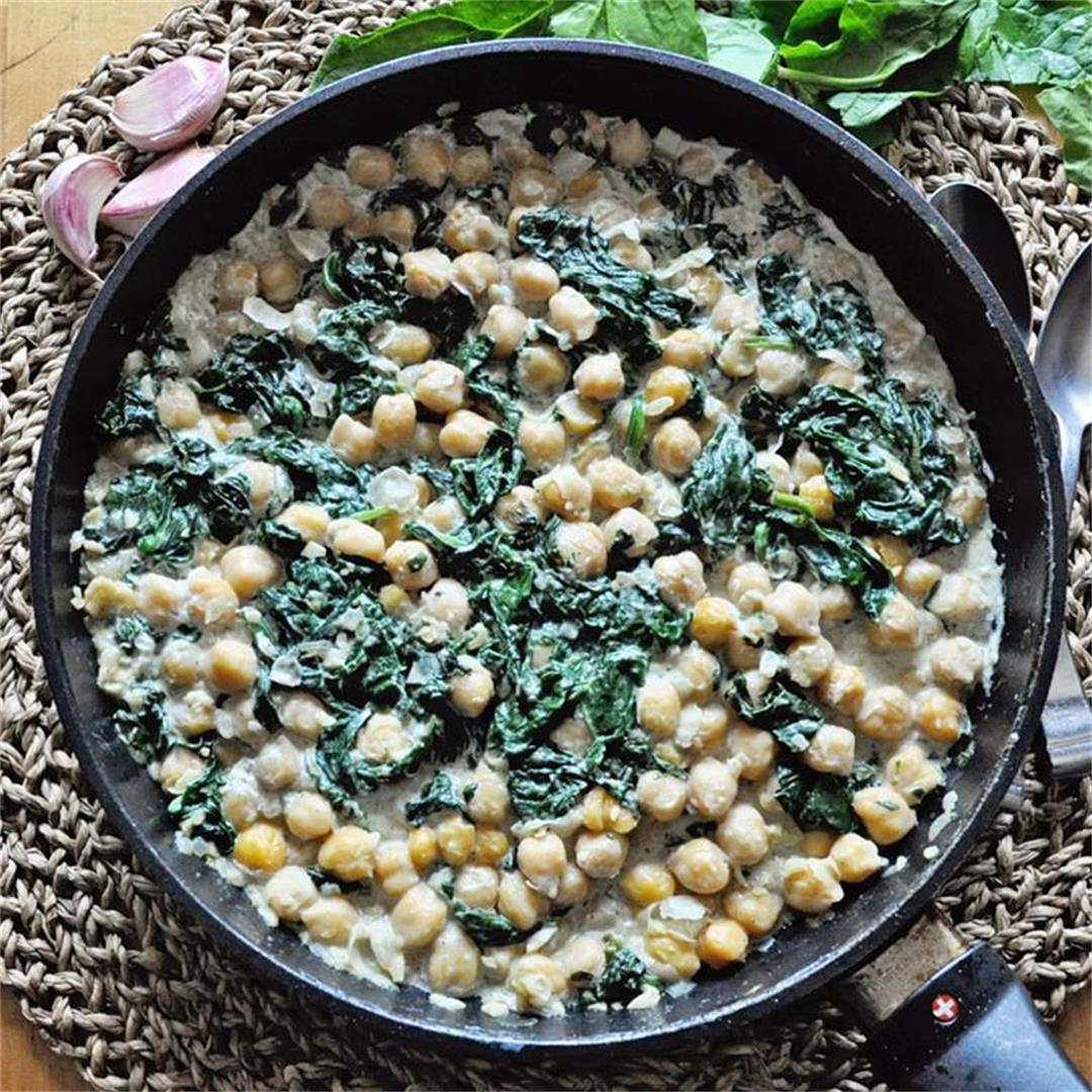 Chickpea Skillet with Greek Yogurt & Spinach