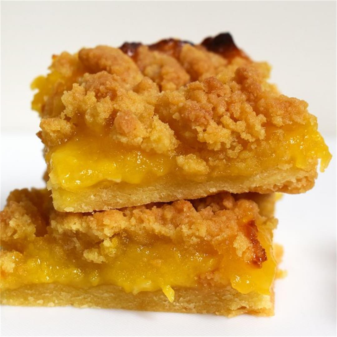 Lemon Curd Shortbread Crumble Slice