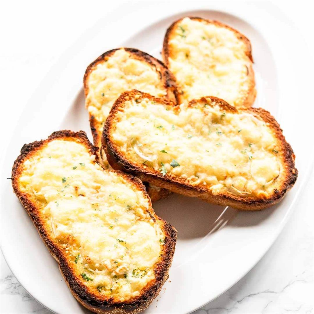 Sliced grlic bread