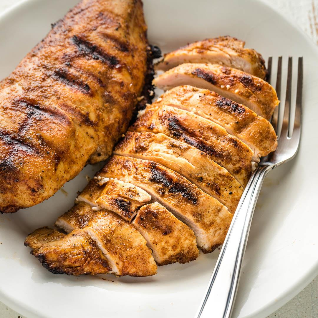 Easy Grilled Chicken with Dry Rub