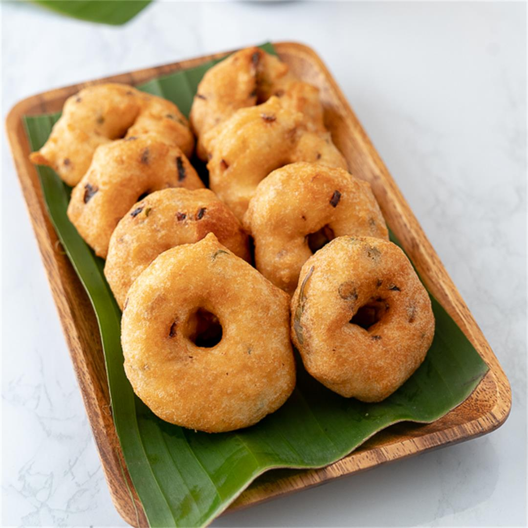 Ulundu Vadai with a Twist!, Soft and Crispy Medhu Vadai Recipe
