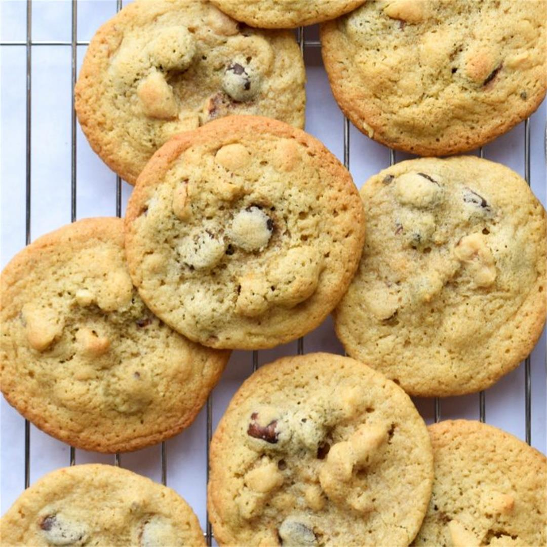 Toasted Hazelnut Dark Chocolate Chip Cookies