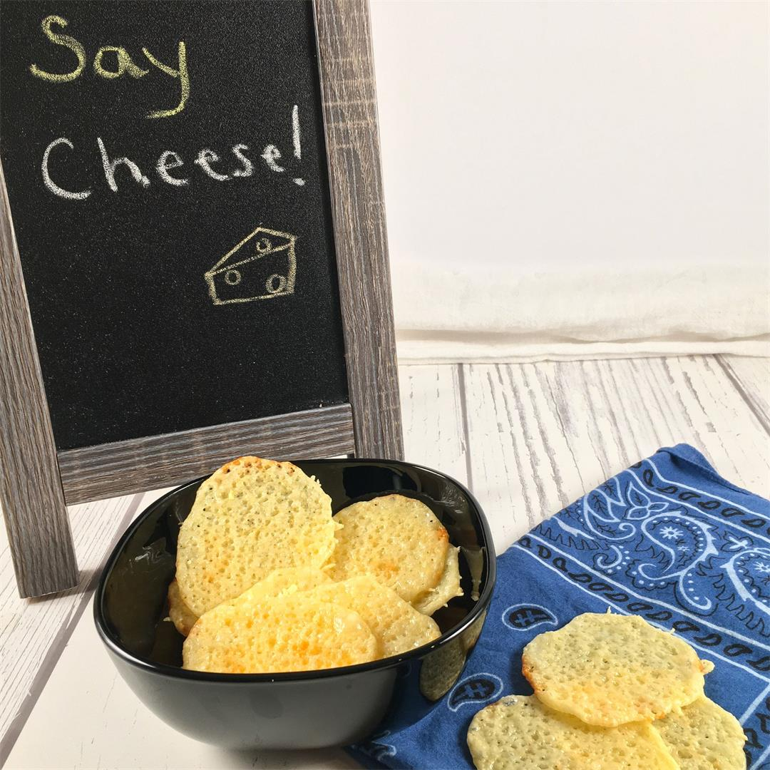 Keto Cheese Chips (Only 2 Ingredients!)