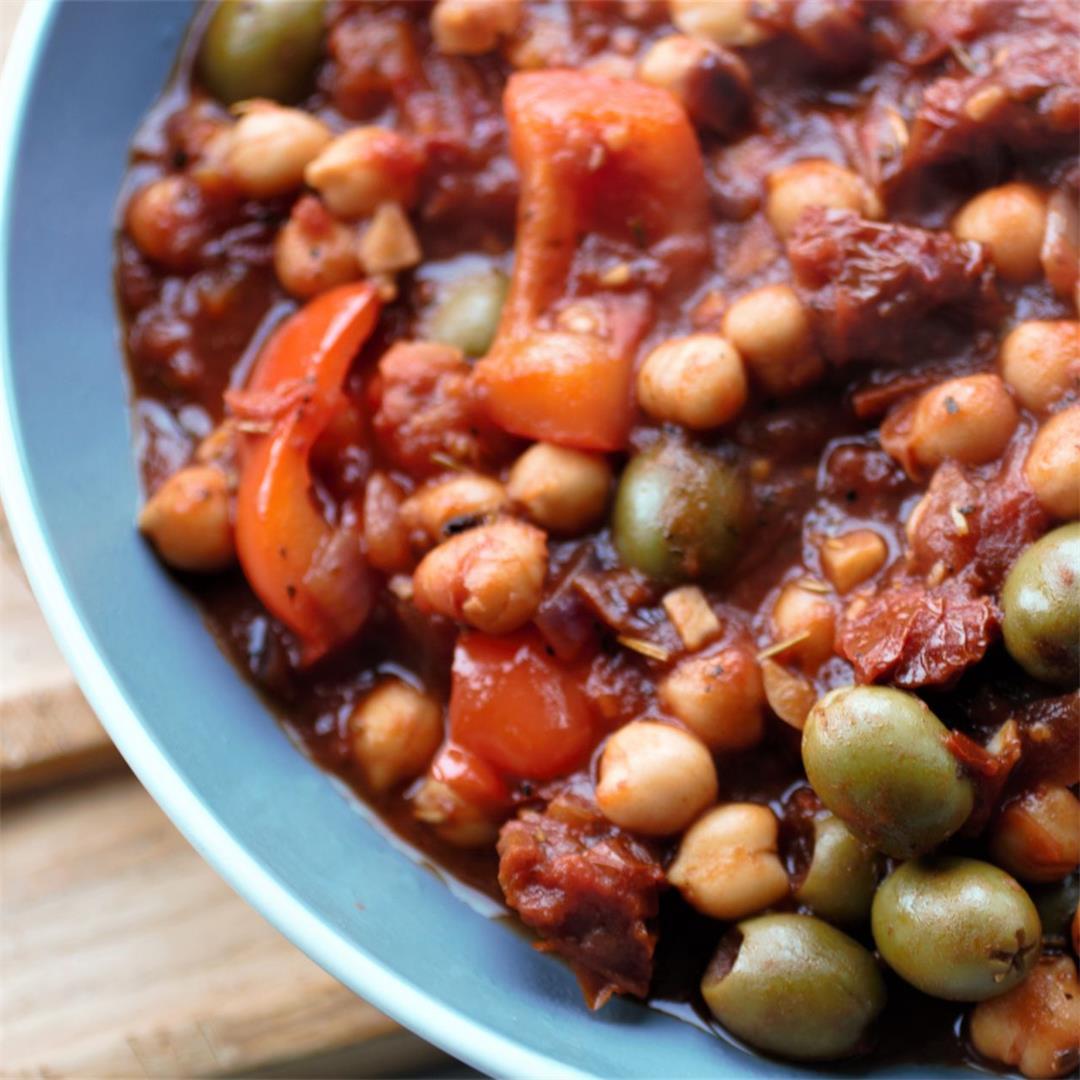 Roasted Pepper & Chickpea Casserole Recipe