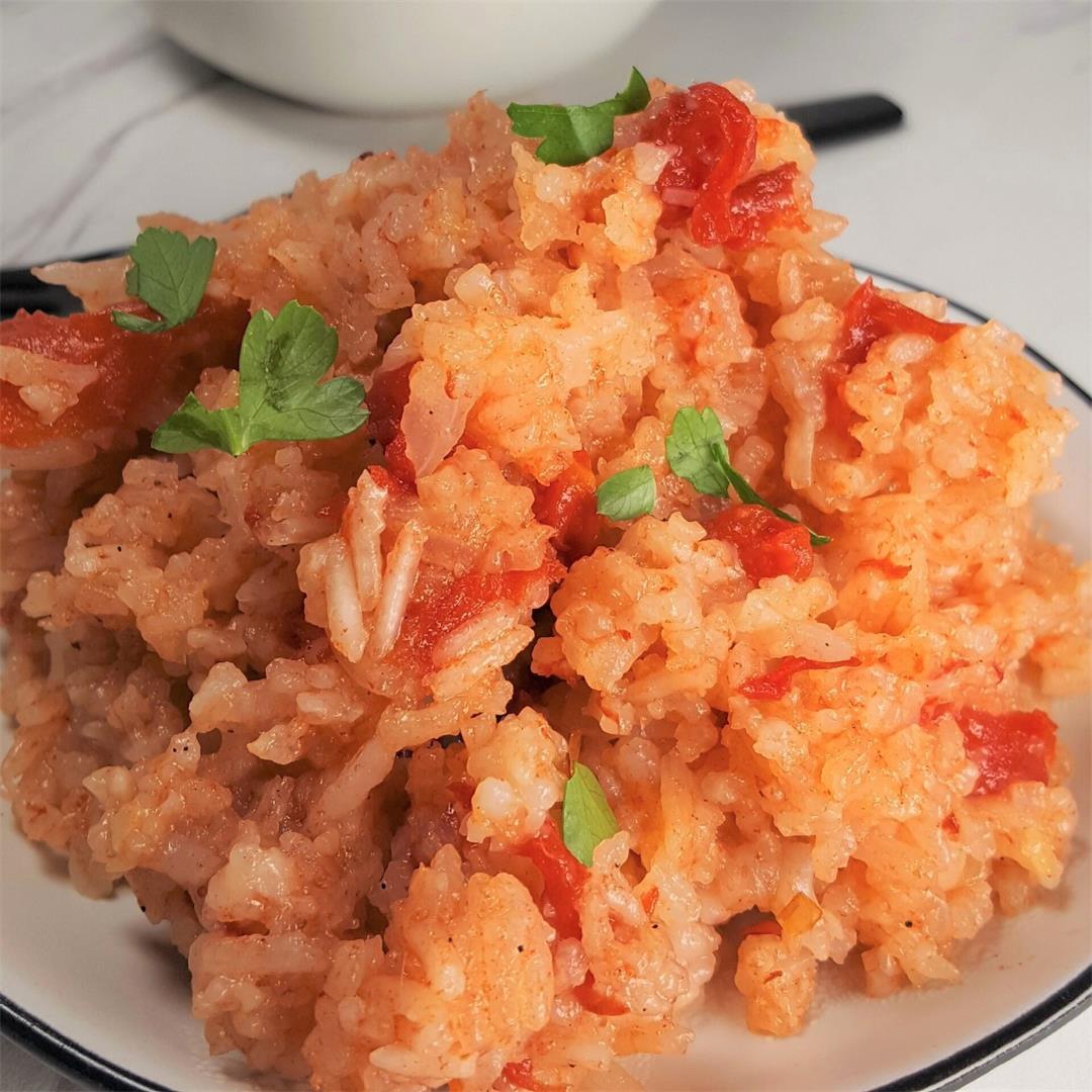 Pressure Cooker Jollof Rice [Instant Pot]