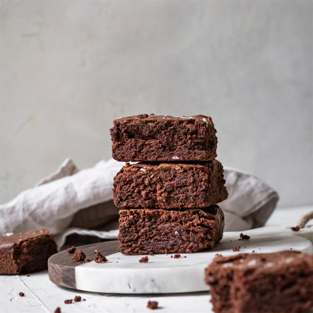 Fudgy Brown Butter Mochi Brownies - Cooking Therapy