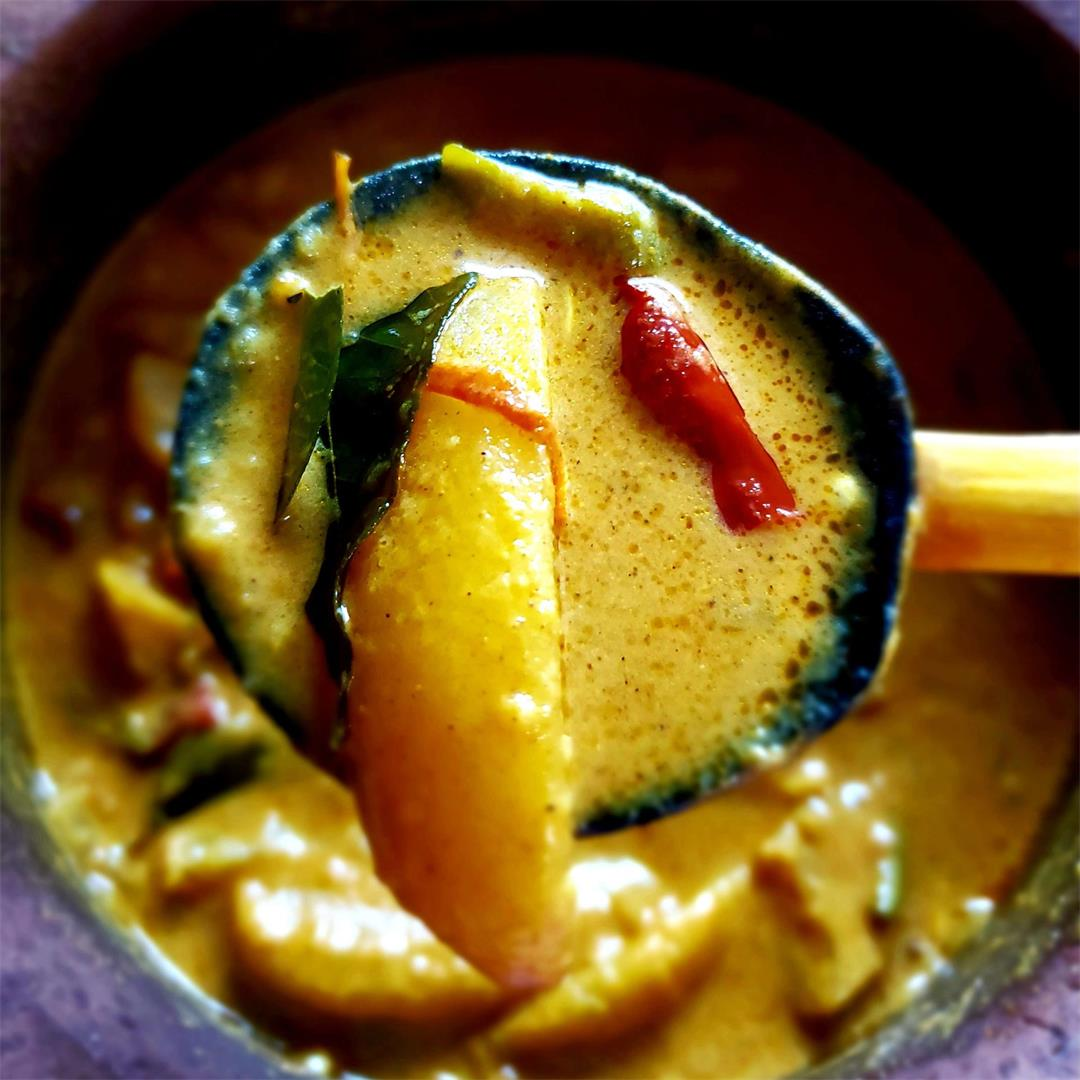 Sri Lankan Spicy Potato Curry