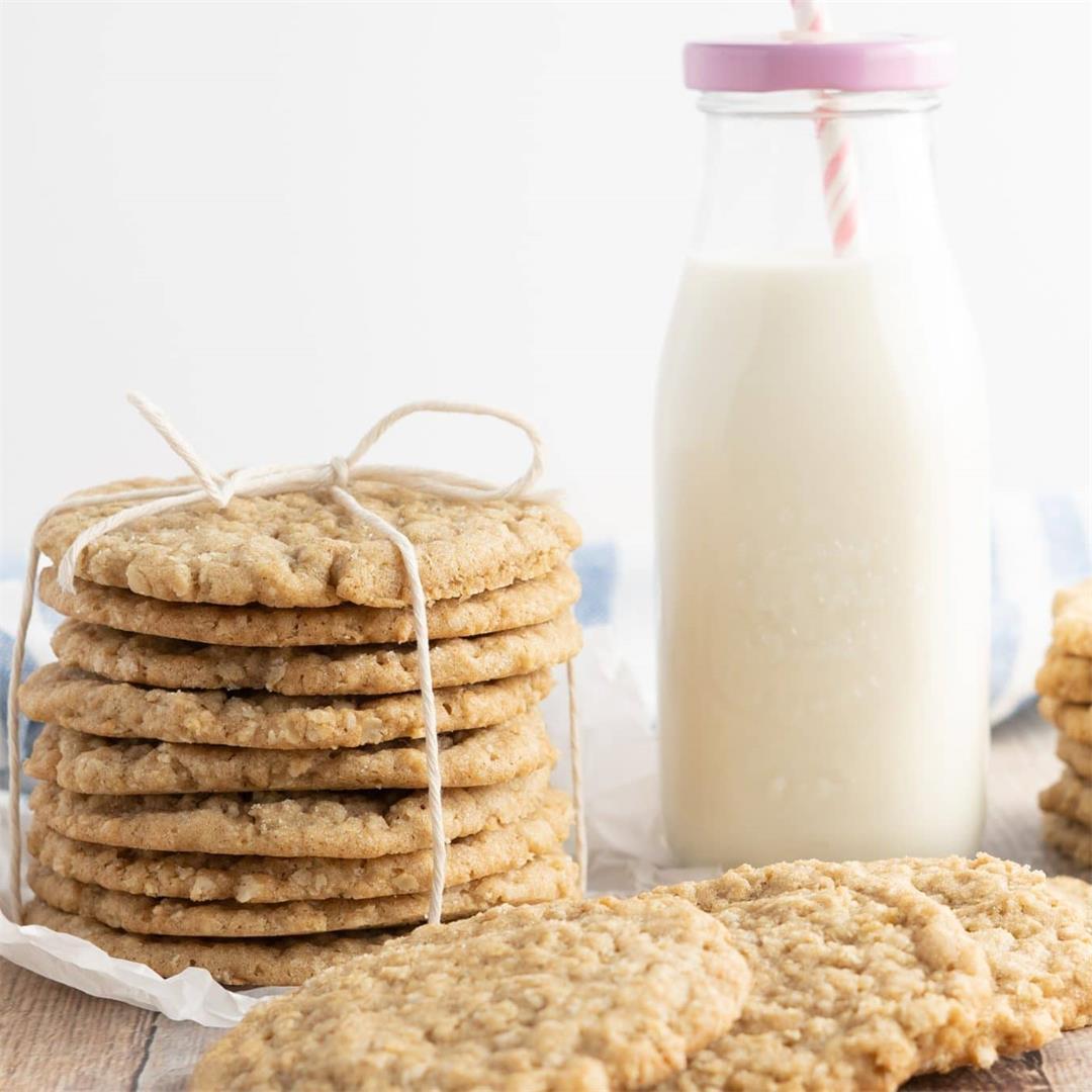 Crispy, Chewy Oatmeal Cookies