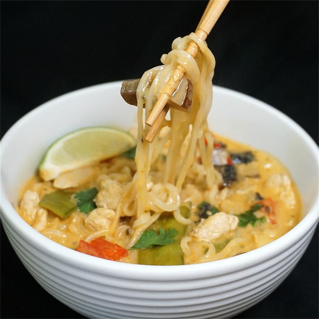 Instant Pot Red Curry Chicken Ramen Soup