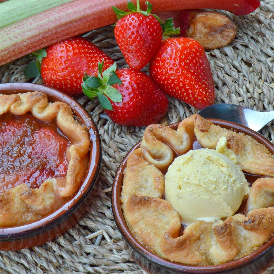 Rhubarb Strawberry Mini Galettes — Tasty Food for Busy Mums Sea