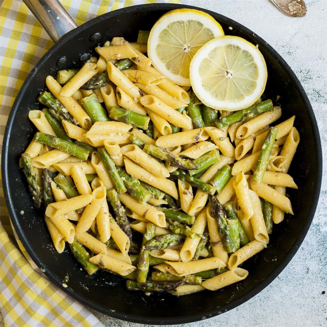 Quick Lemon Pepper Pasta with Asparagus
