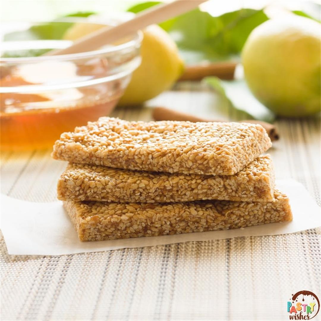 HOW TO MAKE ANCIENT GREEK SESAME BARS (Pasteli)