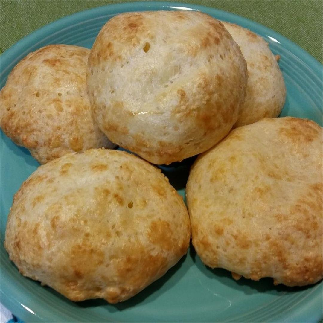 Pan de Yuca: Gluten-Free Cheese Bread