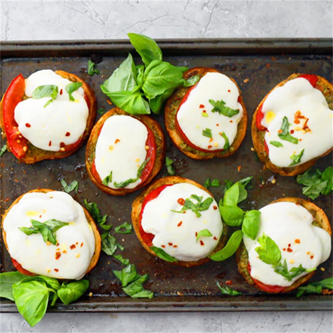 Pesto Caprese Toast - Kitchen @ Hoskins