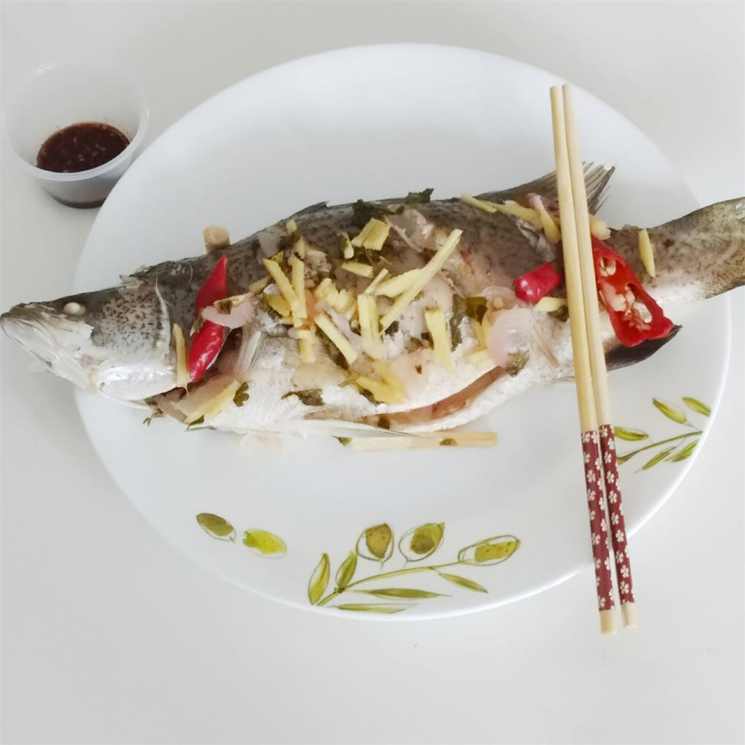 Thai steamed fish with lime and ginger