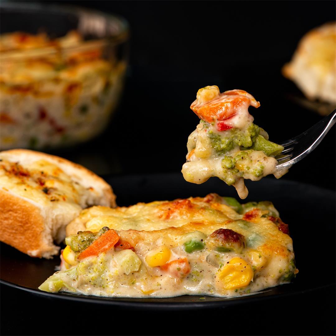 Vegetable Au Gratin/ Cheesy Vegetable Bake