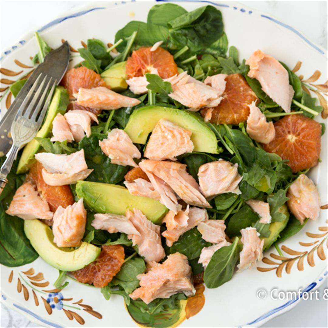 SALMON, SPINACH AND AVOCADO SALAD WITH A TANGY VINAIGRETTE ~ Co
