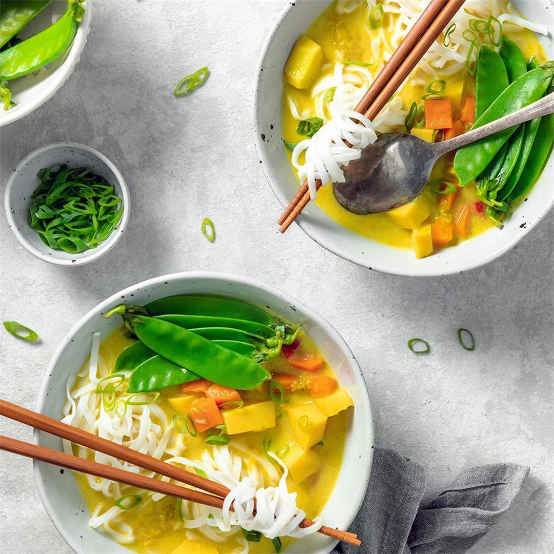 Vegetable Curry Soup with Rice Noodles (GF, Vegan)