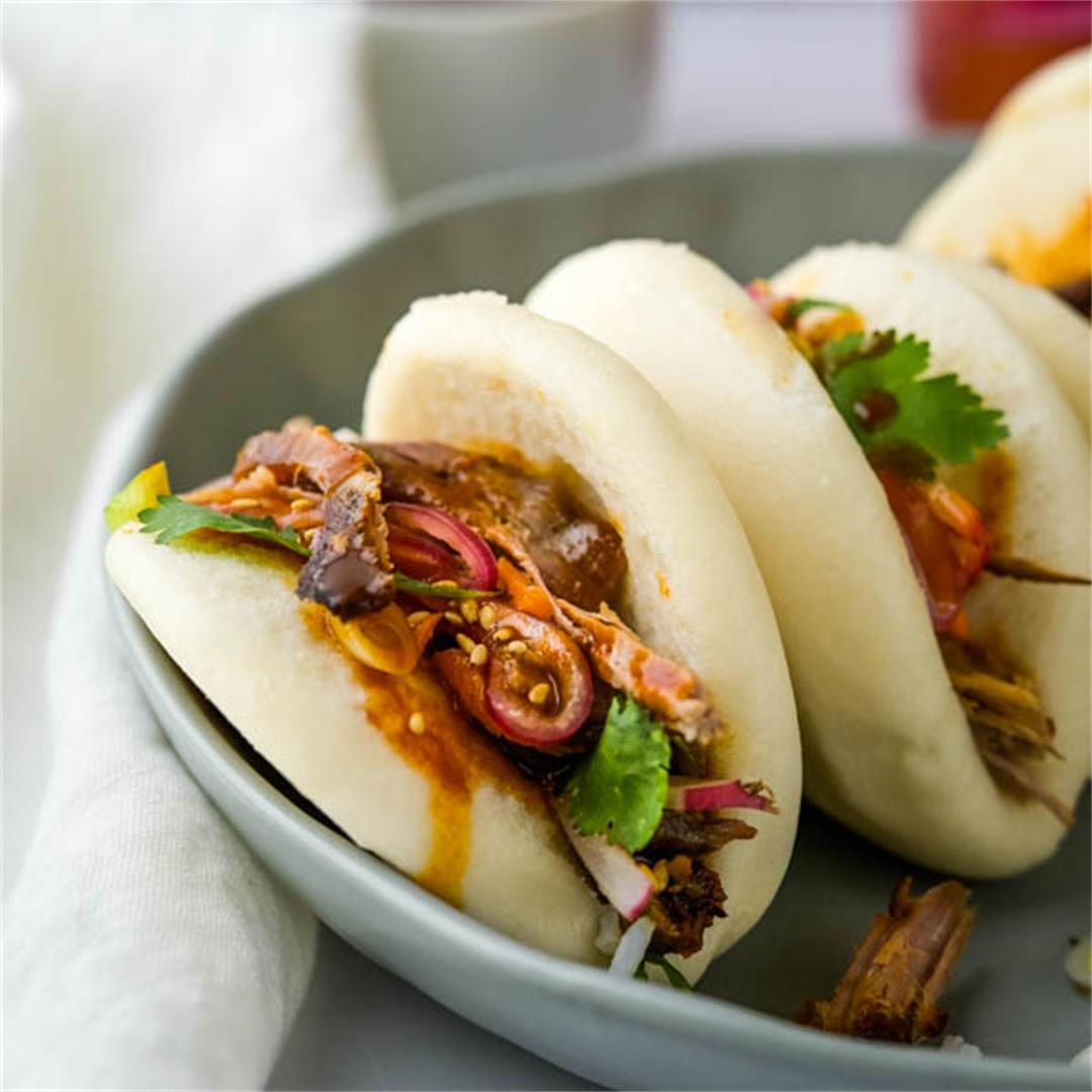 Tangy Asian BBQ Pulled Pork Buns