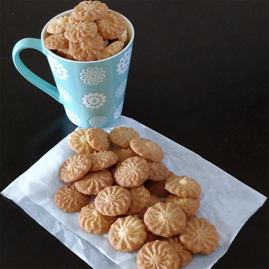 Eggless Butter Cookies/Biscuits