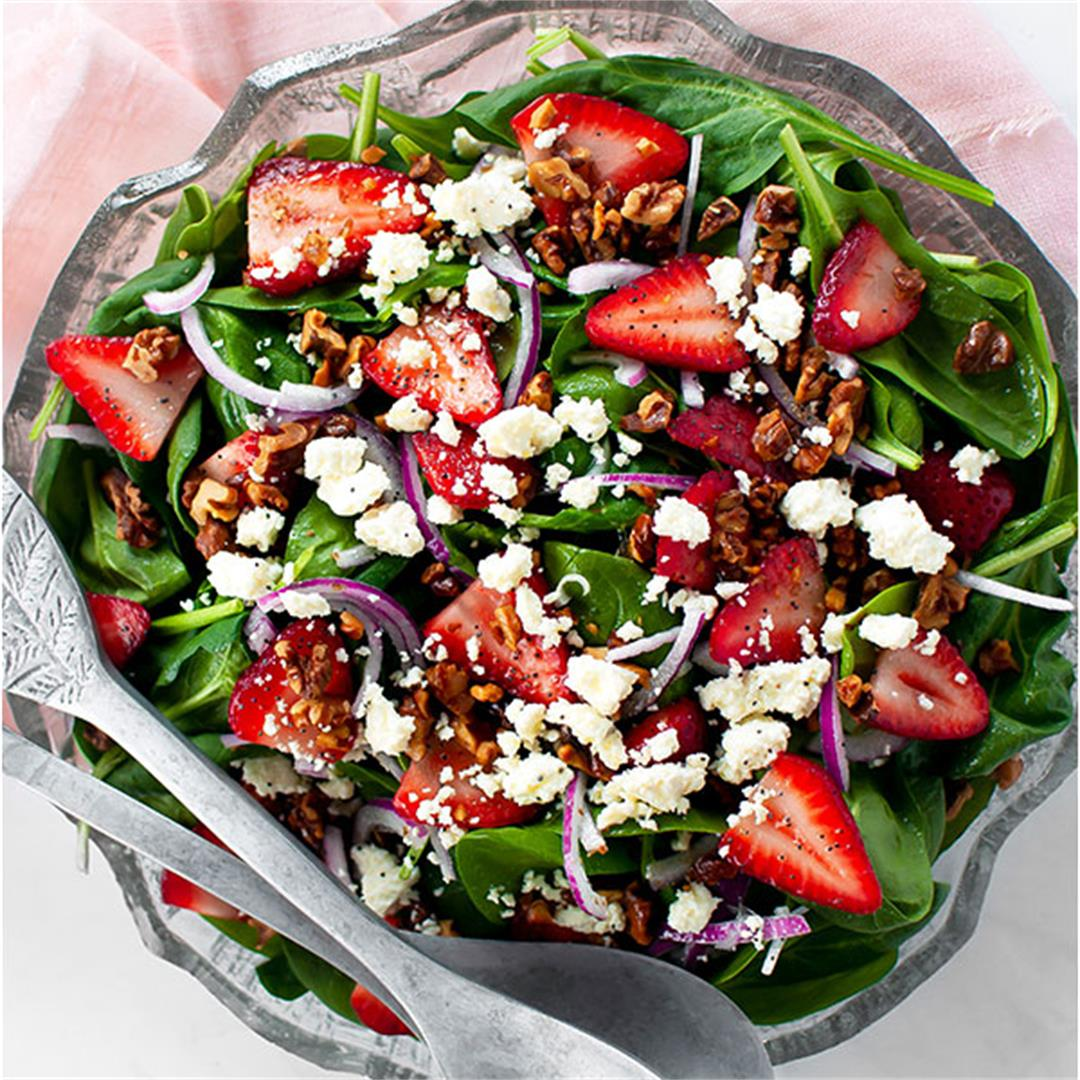 Strawberry Spinach Salad with Feta (VIDEO) - Key To My Lime