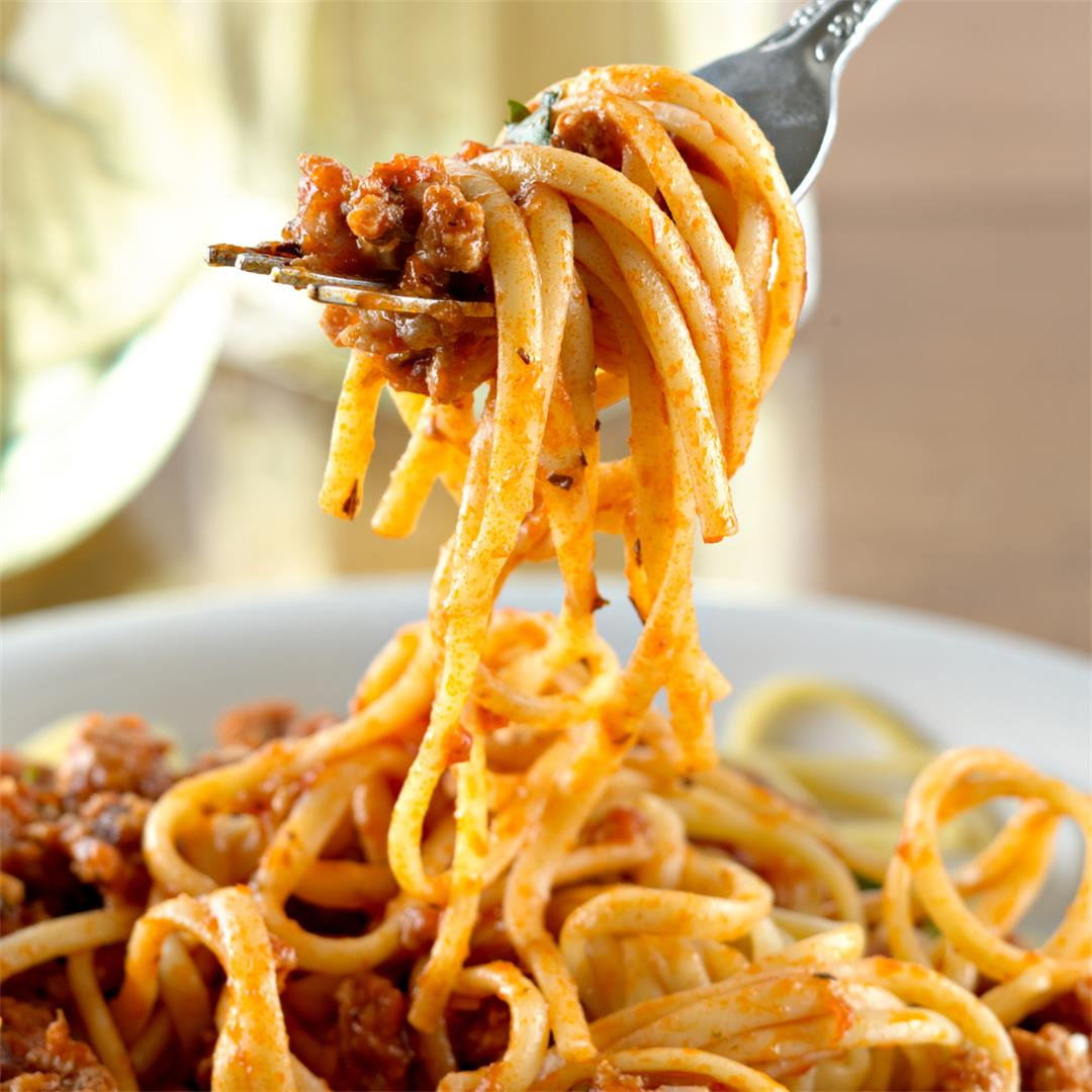 Instant Pot Spaghetti (With the Best Tomato Sauce)