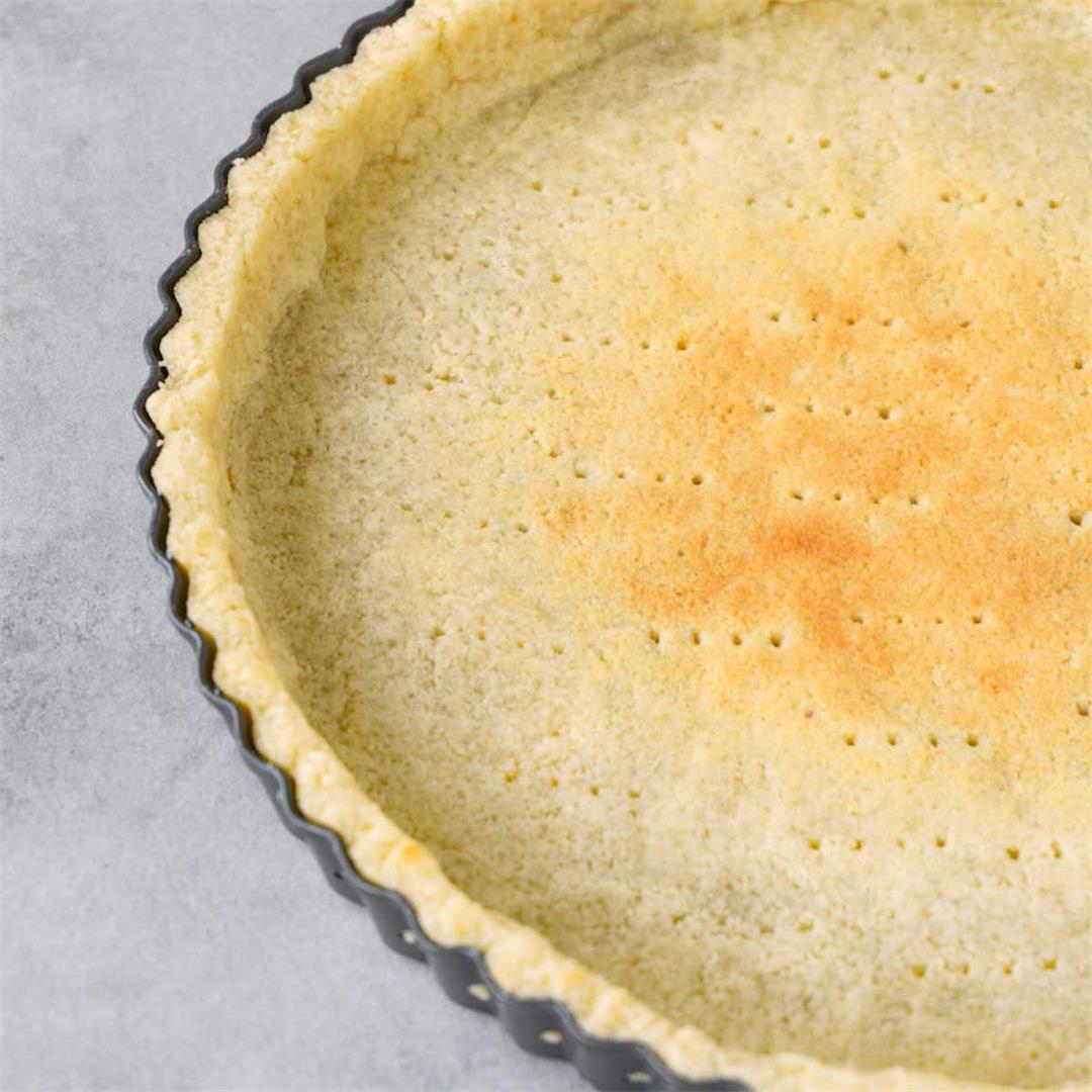 Easy keto pie crust recipe