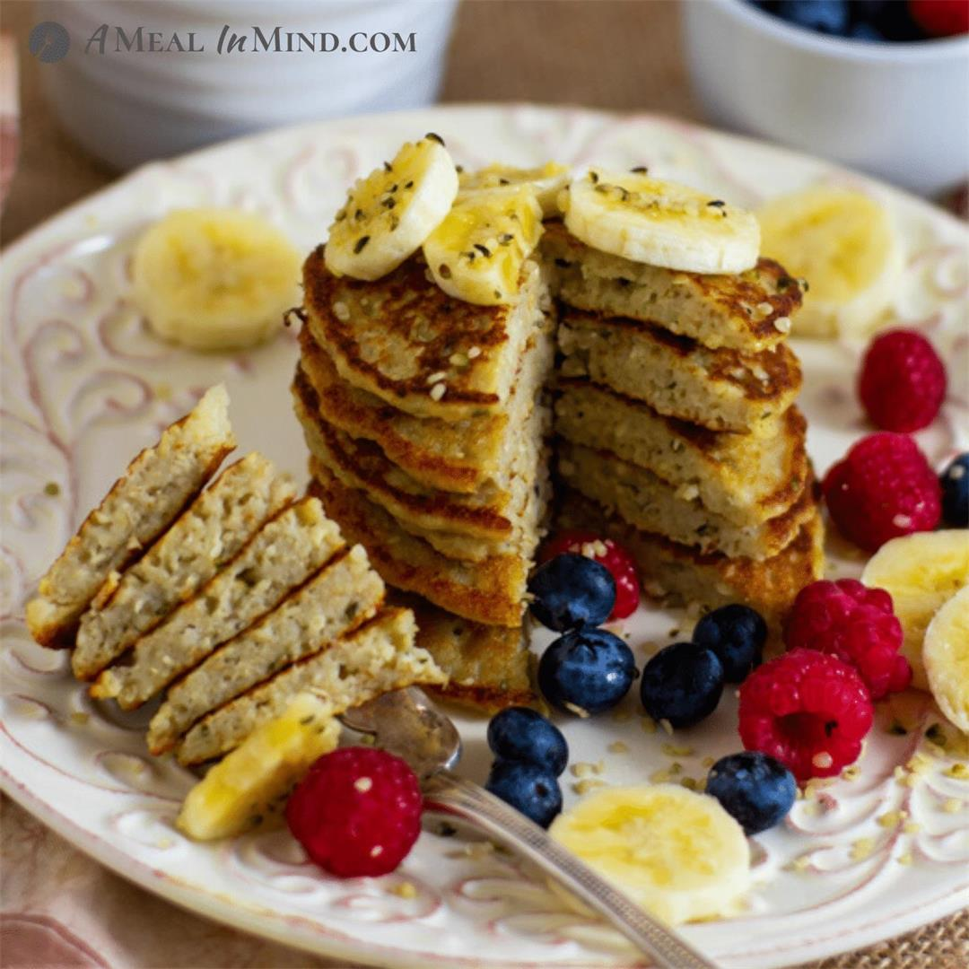 Gluten-Free Oat-Hemp Protein Pancakes