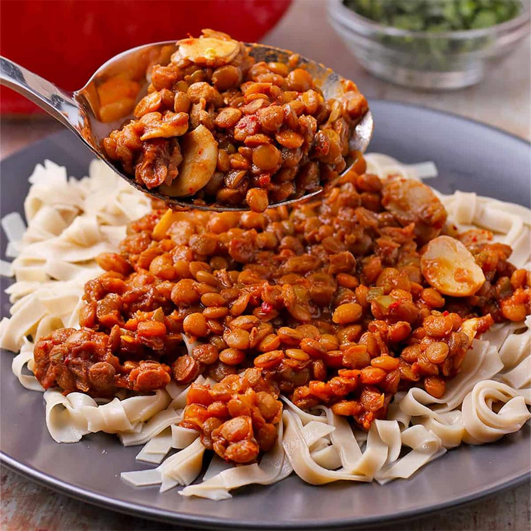 Fiery lentils in Diavolo sauce (plant-based & oil-free)