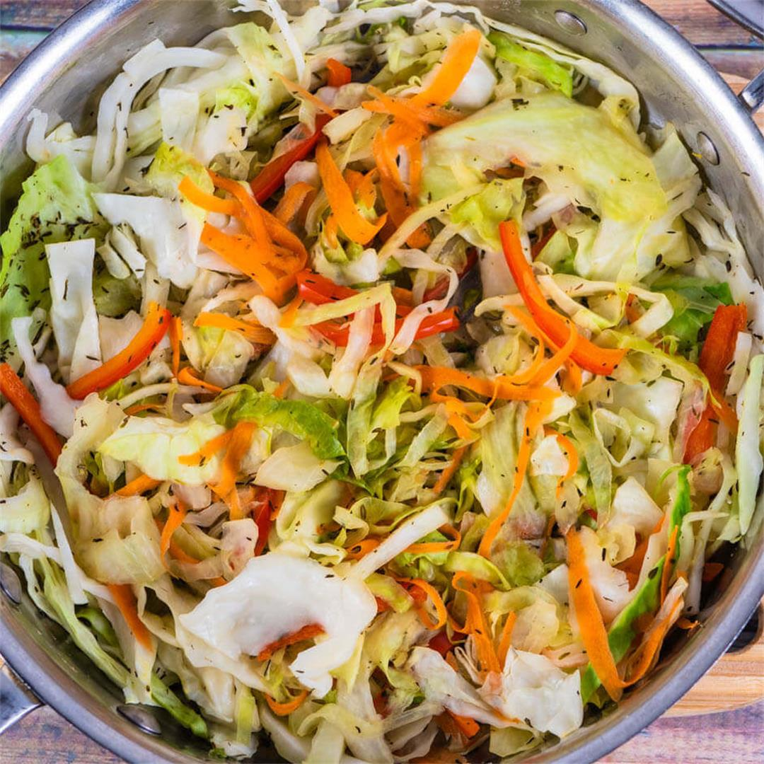 Jamaican Steamed Cabbage Recipe (Easy)