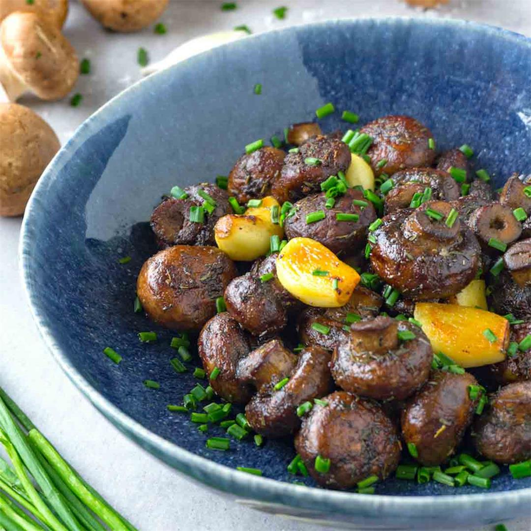 Easy sautéed mushrooms with garlic