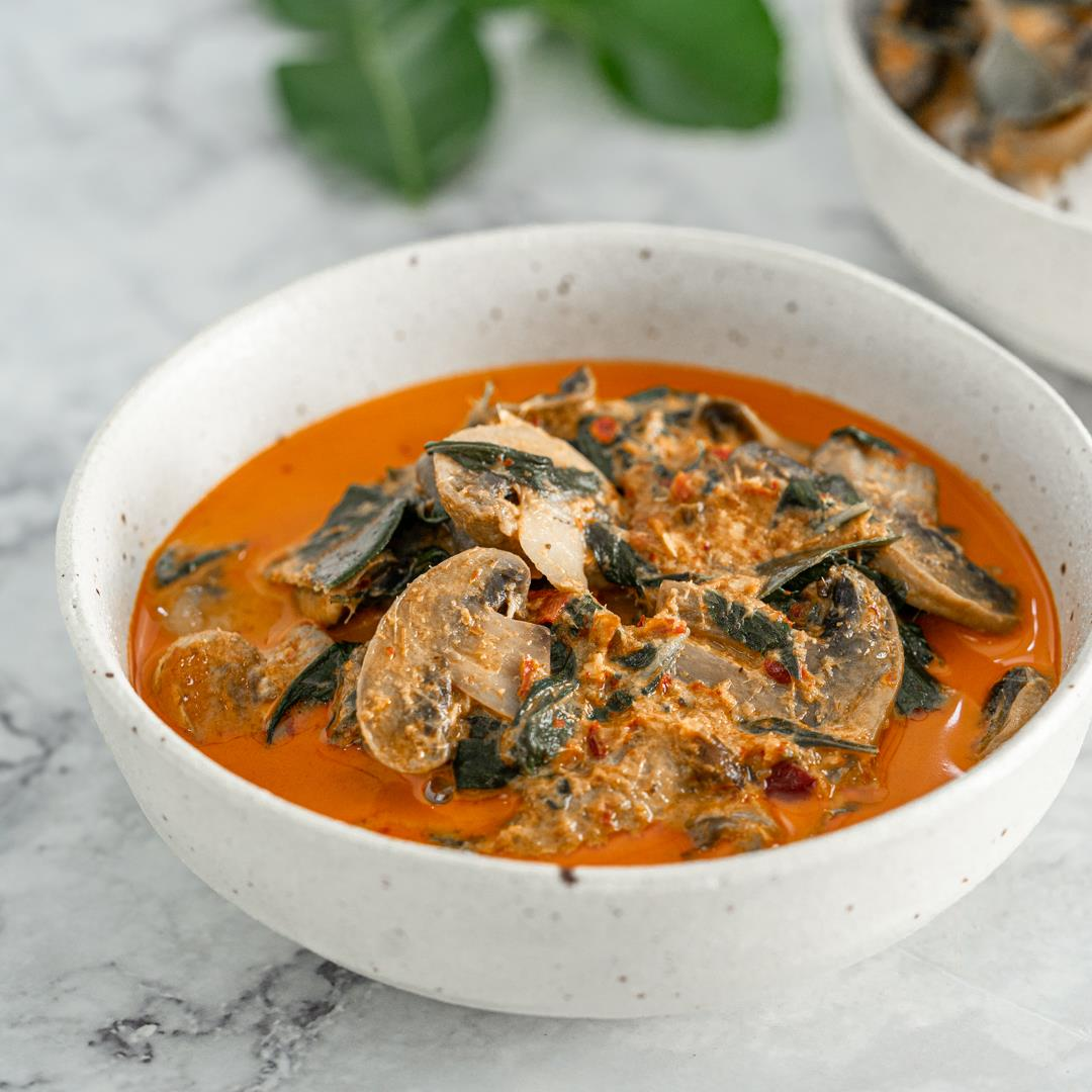 Vegan Thai Red Curry with Mushrooms Recipe
