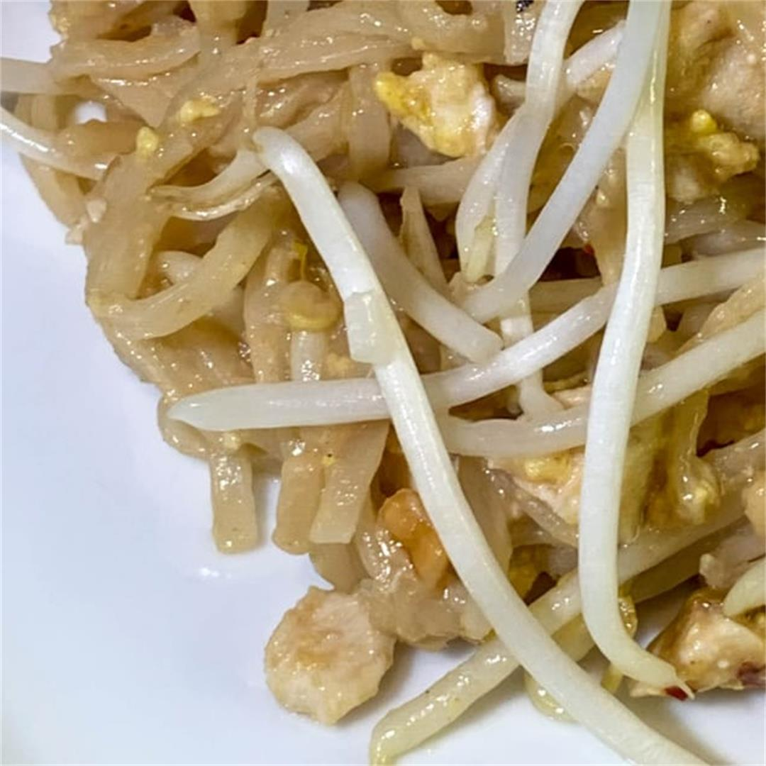 Easy Homemade Pad Thai