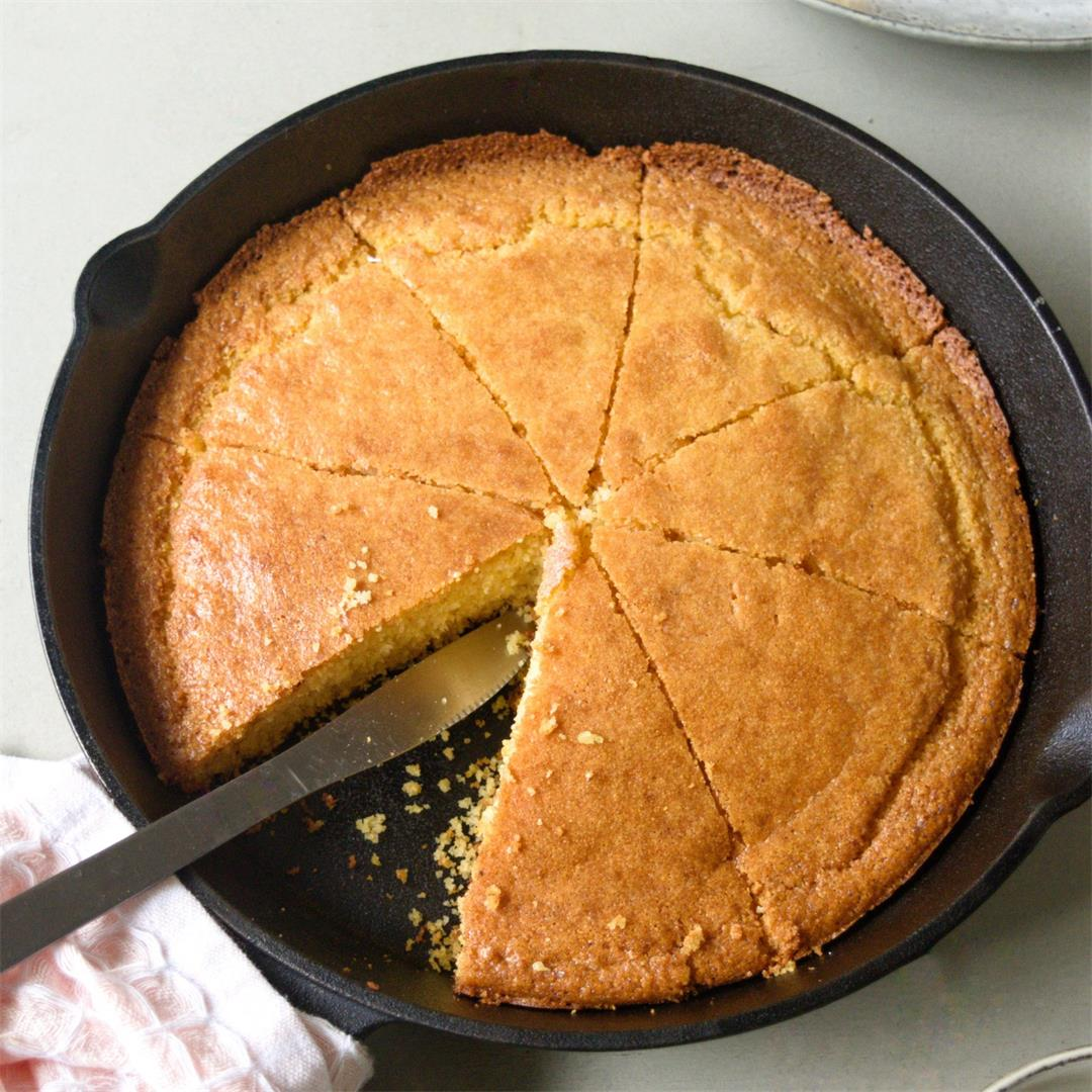 Cast-Iron Buttermilk Cornbread