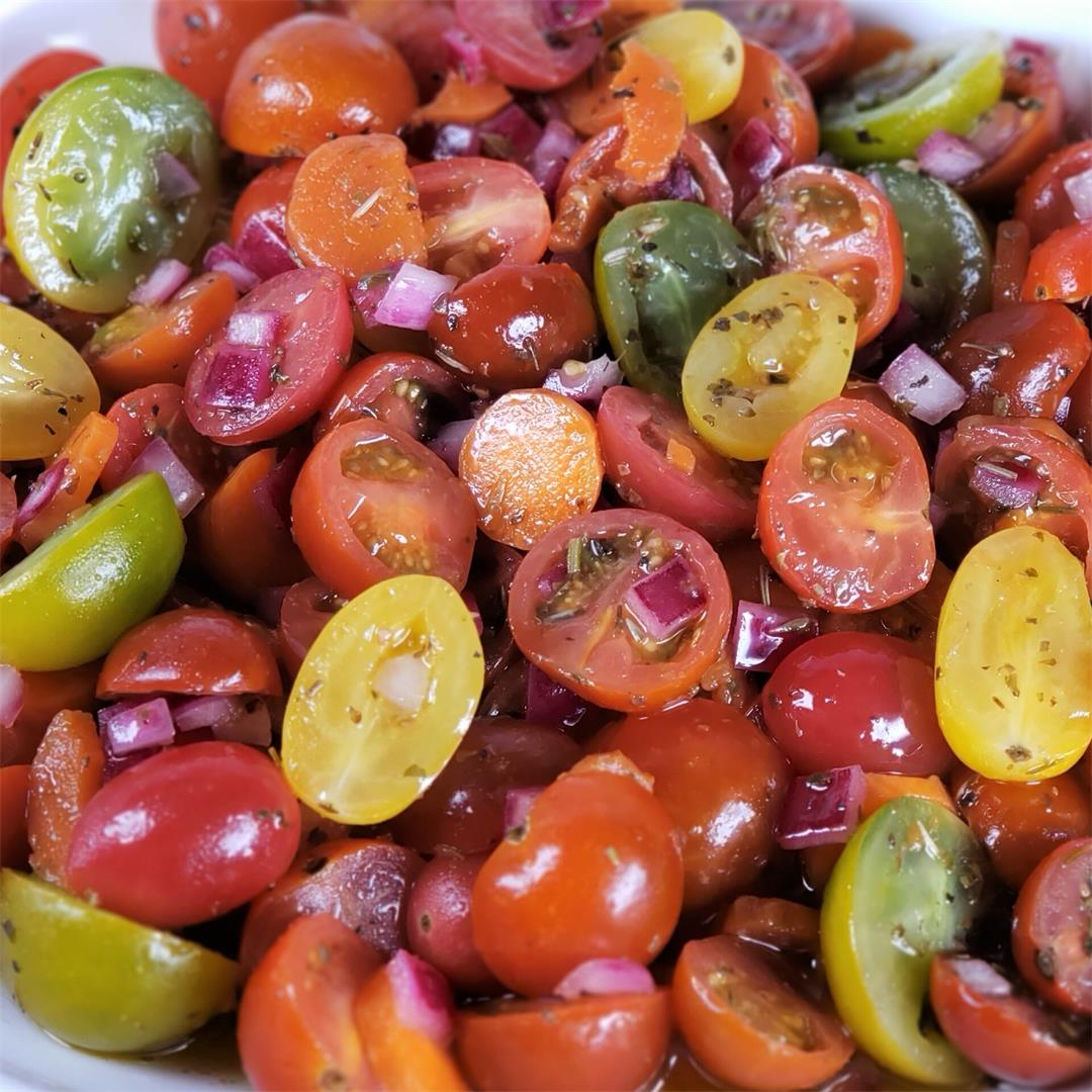 Fresh Tomato Salad [Pressure Cooker Quick Marinating Method]