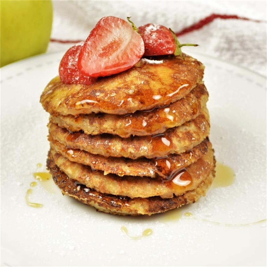 Easy Cinnamon Apple Pancakes Recipe-With Maple Syrup