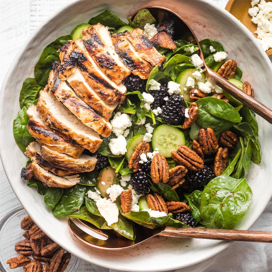 Spinach Blackberry Salad with Balsamic Chicken