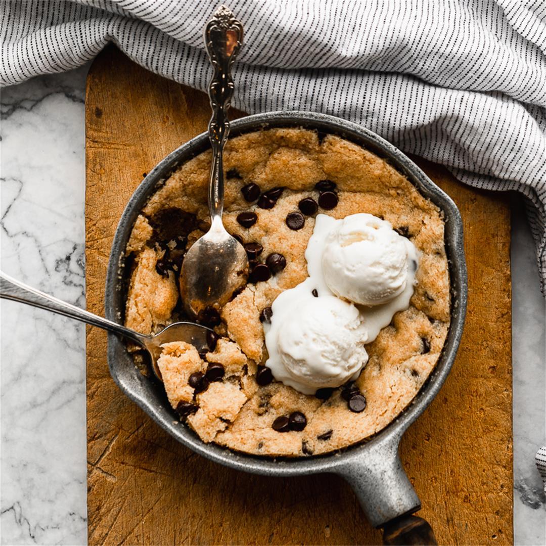 Skillet Cookie Gluten Free & Vegan