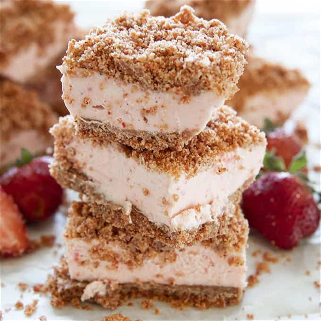 Amazing Strawberry Cheesecake Bars