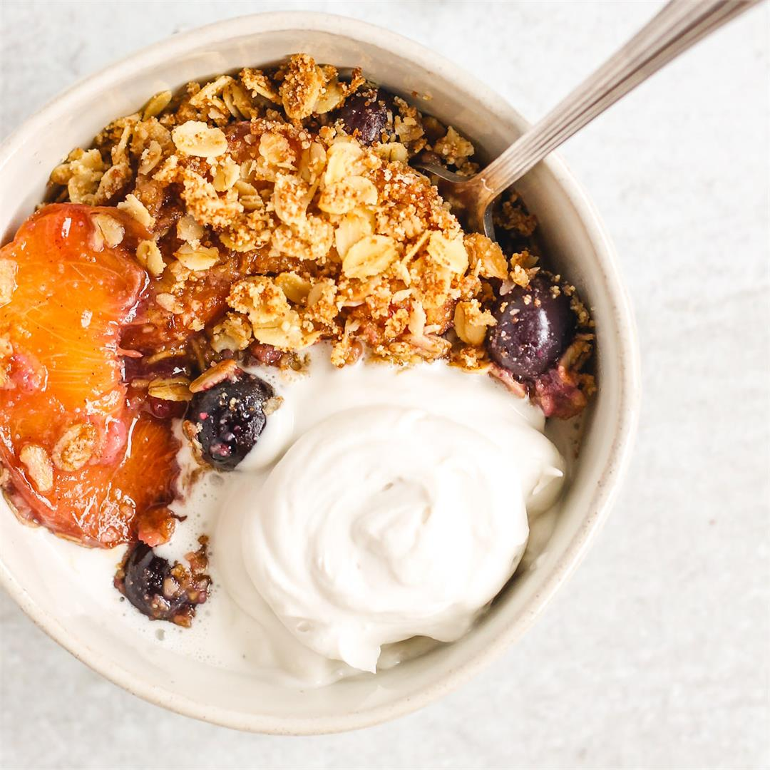 Gluten-free Peach Crisp with Blueberries