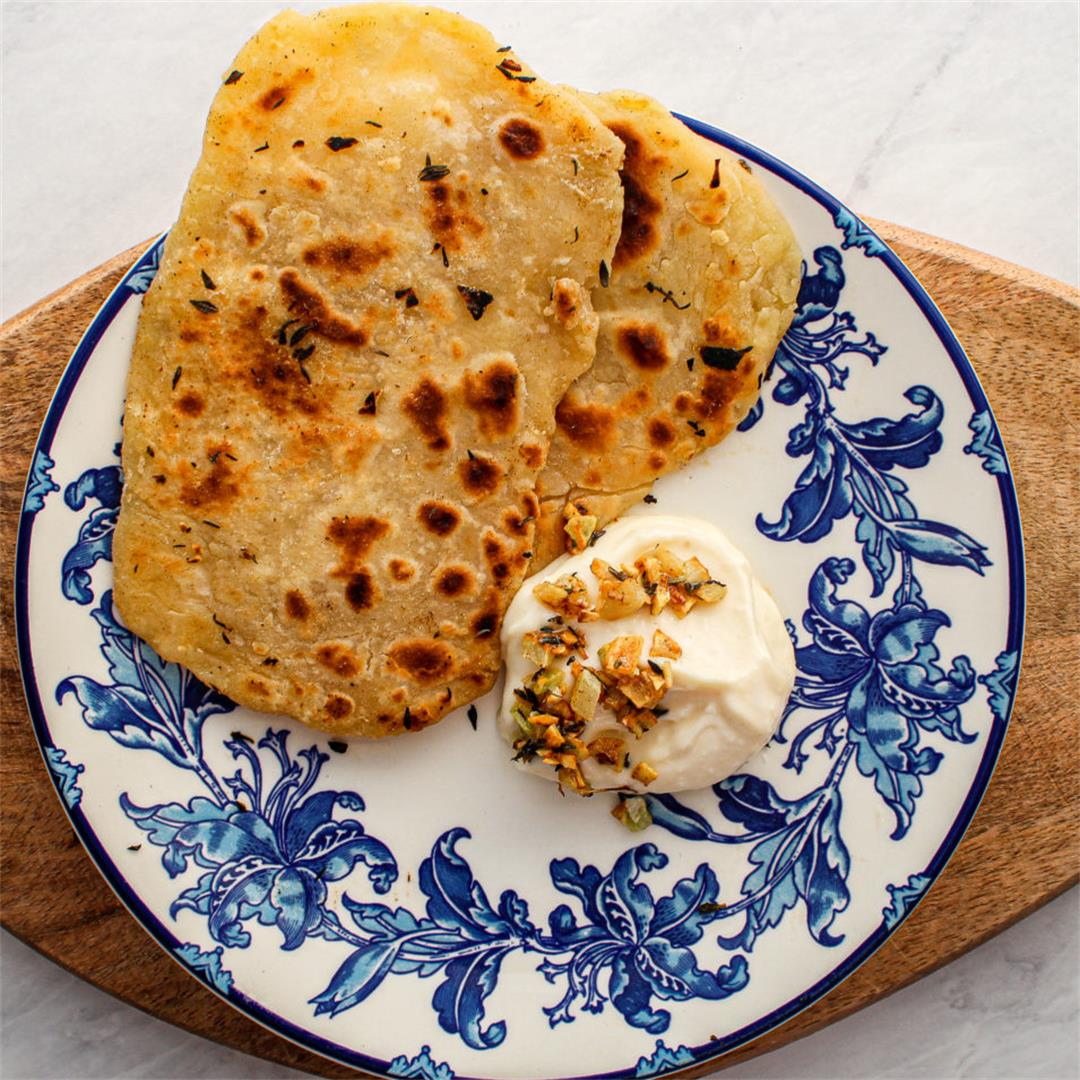 2 Ingredient Naan With Garlic & Thyme Mayo