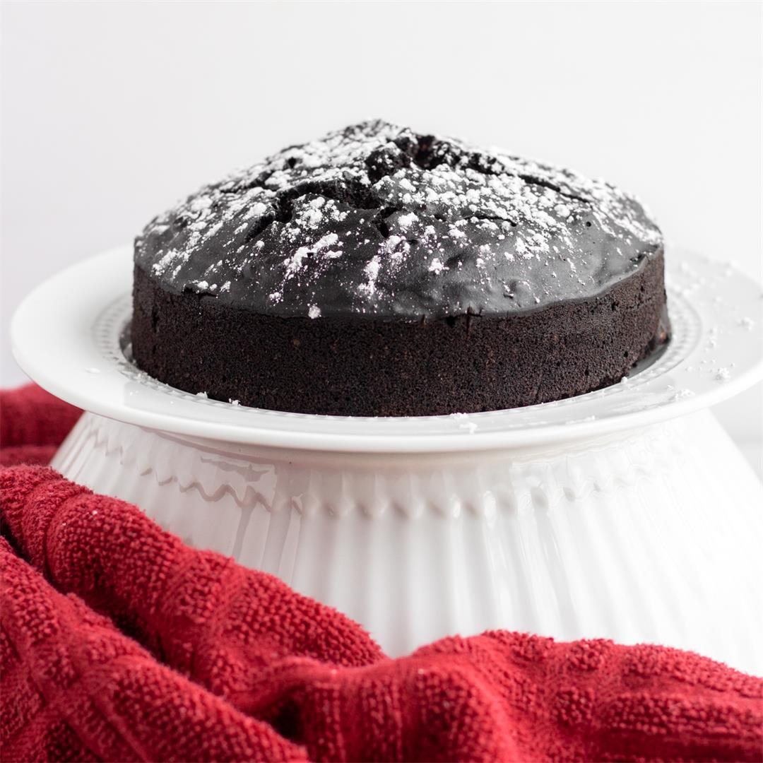 Instant Pot Chocolate Cake (Vegan)