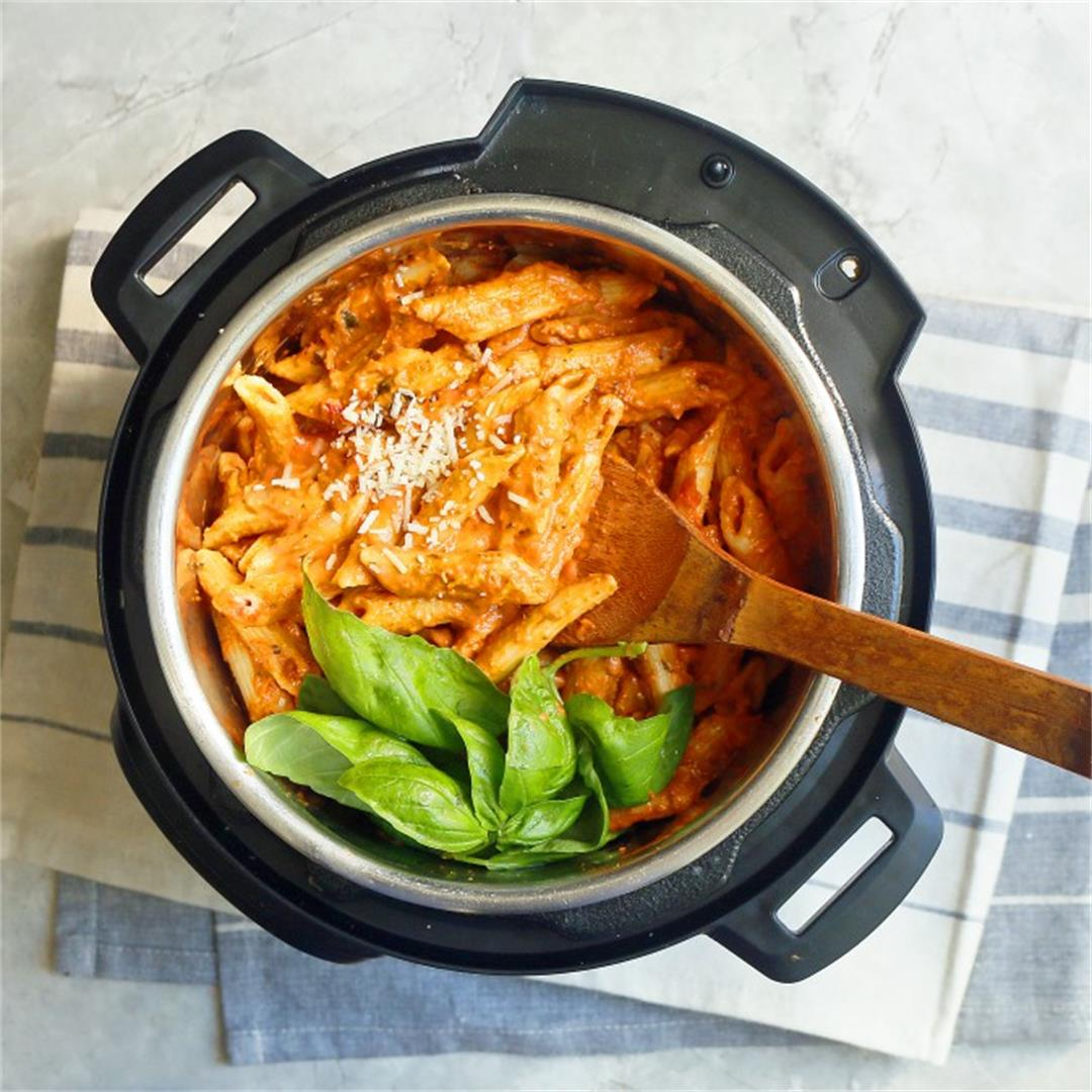 Penne with vodka sauce in Instant Pot