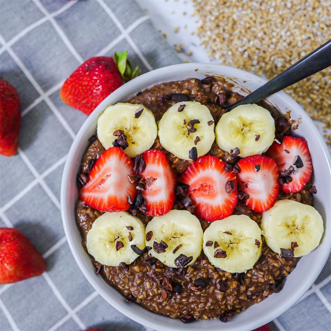 Healthy Chocolate Strawberry Banana Oatmeal