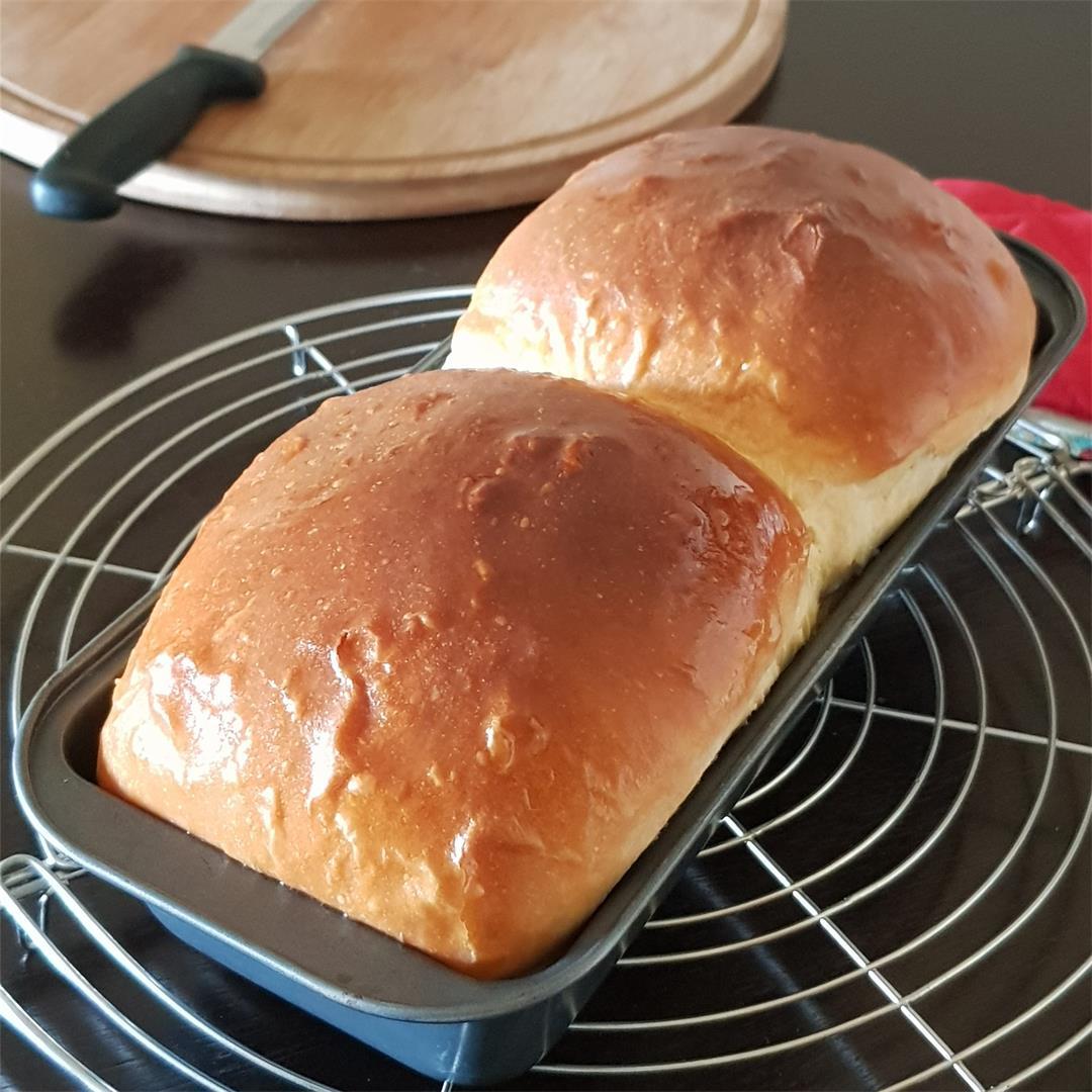 Sweet Buttermilk Bread/Eggless Bread