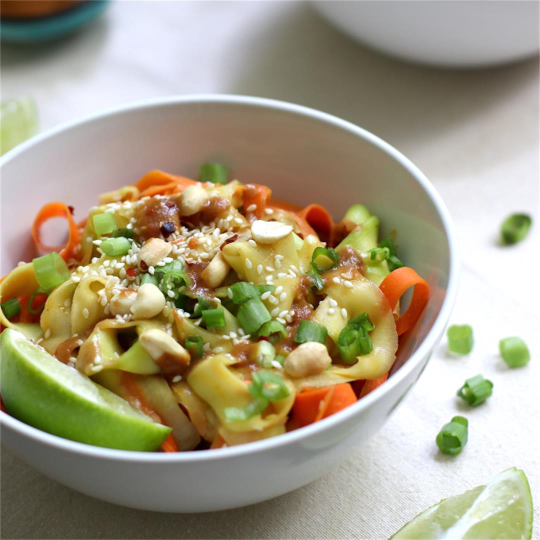 Zucchini and Carrot Stir Fry with Peanut Sauce (Zucchini Noodle
